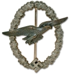 WW2 Luftwaffe Glider Pilot Badge by C E Juncker – Museum Quality Reproduction